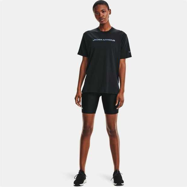 Super-soft, cotton-blend fabric provides all-day comfort Drop hem shoulder & extended body length for...