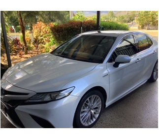 2018 Toyota SL still has new car warranty lifetime paint protection Camry floor mats and scuff plates...