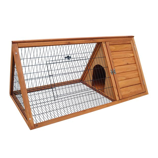 Playmate Triangle Hutch Each Pet: Small Pet Category: Small Animal Supplies  Size: 10.8kg  Rich...