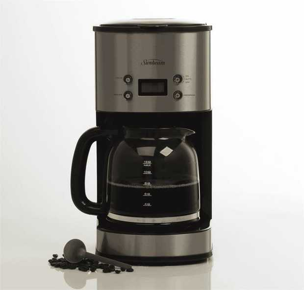 This Sunbeam coffee machine has a stainless steel finish. It has a 12 cup brewing capacity, so you can...