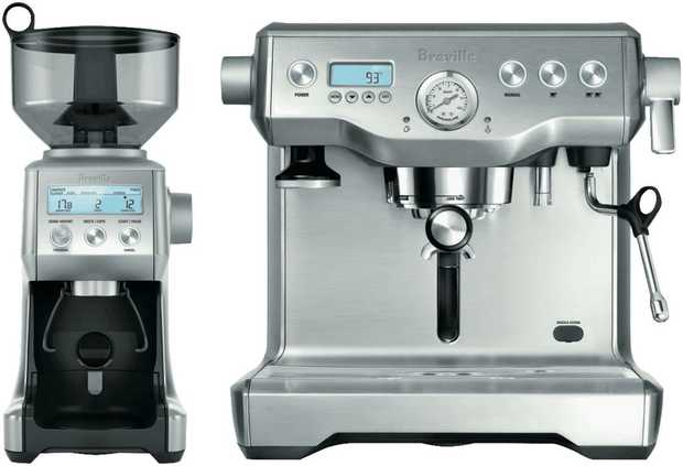 This Breville coffee machine features an espresso maker, so you can prepare coffee drinks whenever you...