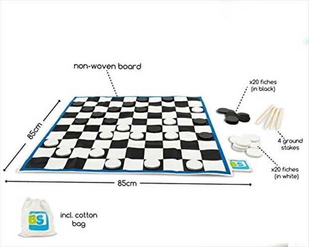 This extra large draughts game includes a board and wooden fiches. Winning Giant Checkers makes the...