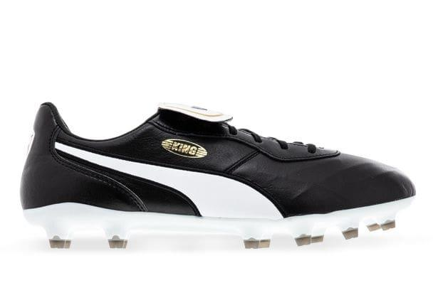 Leave it all behind in the King Top FG Football Boots by Puma. Staying true to the authentic design...