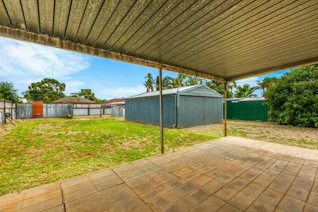 AUCTION - Tuesday 12-12.30pm