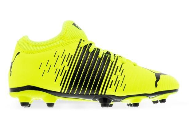 Crank it up a notch, and stand out in style with the Puma Future 4.1 FG AG Football Boots. Sporting a...