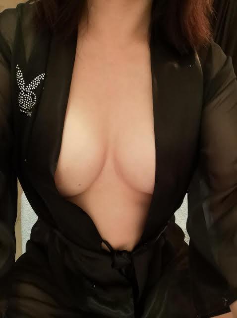 Sensual, Size 6 little Honey 25/yo Asian.35DD, Hot, Stunning. FriendlyFull Service or Massage...