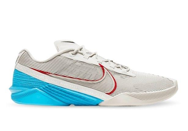 The Nike React Metcon Turbo is an all-in-one cross training essential. Constructed in a strong...