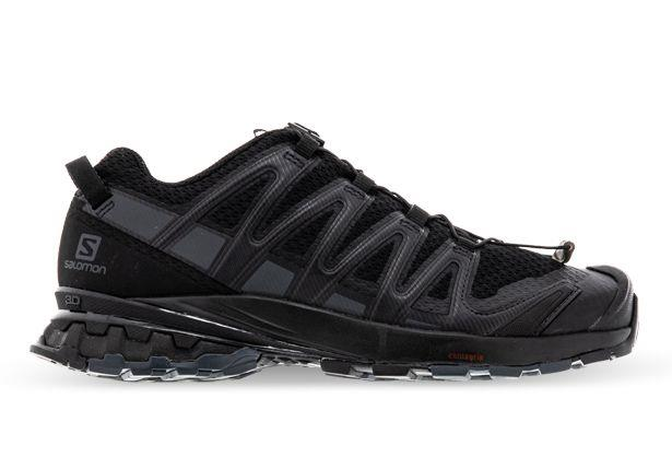 The Salomon XA Pro V8 is the ultimate adventure shoe that connects you with every type of terrain and...