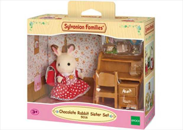 Freya Chocolate adores her desk with all its drawers and space for her globe, school bag, pencil...