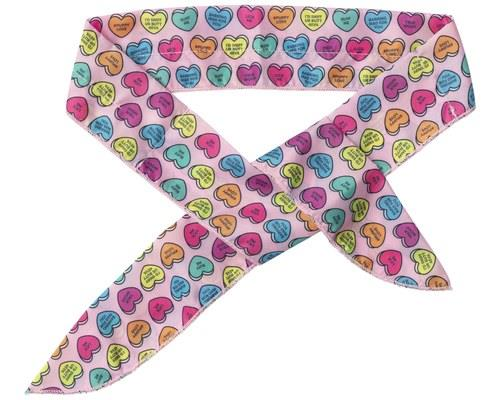 FUZZYARD BANDANA COOLING CANDY HEARTS LARGESimultaneously heartwarming and ice cool, this Candy Hearts...