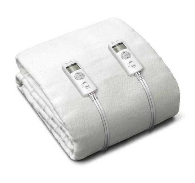 Multi-zone heating technology 6 heat settings 160 watts Stay-fresh antibacterial treated polyester...