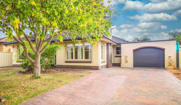 Liveable now, lovable soon - Beachside Home & Granny Flat!\   Largs North, 23 Brenda...