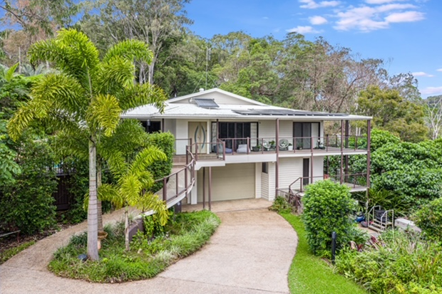 Looking to escape to sunny Queensland? Come and live on the beautiful Sunshine Coast and live among the...