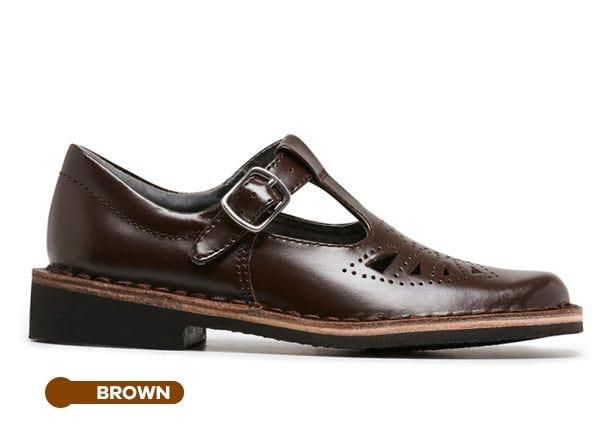 The Harrison Kids Indiana II Junior is a traditional T-Bar style and durable brown leather school shoe...