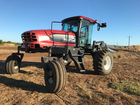 MACDON 150 WINDROWER (2009) WITH 25 FOOT DRAPER FRONT