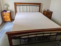 GEELONG 39 Lonsdale Street Fridge, TV, Queen bed and memory foam mattress, tall boy, full office...