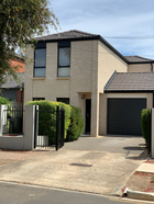 FOR SALE BEAUTIFUL TOWNHOUSE IN TRENDY CAMPBELLTOWN