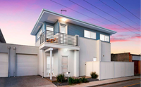 Coastal style a stone's throw to The Palais...Auction Saturday 18 September 11.00am On Site USP...