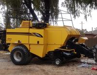 Cat Challenger LB34 (Massey Ferguson) 8X3X4 34,000 bales. Good reliable machine in good working...