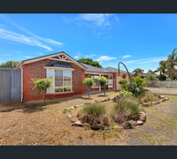 Open Sat 23 Oct 1:00pmAuction Sat 30 Oct at 1:00pmUnder Instructions from the Mortgagee this large 2002...