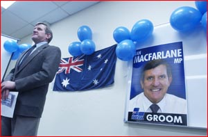 Ian Macfarlane launches his campaign. Picture: BEV LACEY