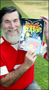 Currumbin children?s writer Robert Young displays his E-book Alec the Aeroplane and the cover of Shock, Horror, Gasp.