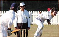 ON TARGET: Tewantin Noosa bowler Matthew Thompson in action against Gympie on Saturday. Photo Anthony Reginato