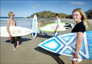 LOCALS Chippa Wilson, Joel Ford, Sam Ford and Brittani Wilson warm for the 9th Rip Curl into Summer Junior Challenge.