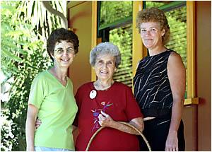 Joy Armour (c), Lynn Messing (l) and Annette Nicholls .
