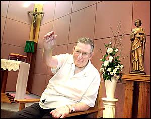 SUPERCOACH: Fr Tom Maloney, former mentor to Aussie cricketer Matthew Hayden, at St Vincent?s hospital chapel this week.