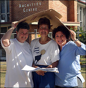Members of the Kingscliff Amenities Hall Rejuvenation Committee, Kath Prichard, Colleen Hewitson and Rose Wright