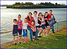 Christine,  Rachel, Chloe, mum Trish, Matthew, Allan, Jessica, Amber, Melissa, Daniel and dad Geoff Honnery.