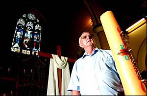 WORLDWIDE MOURNING: Grafton Parish Priest Rex Hackett