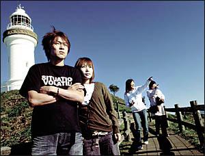 JAPANESE tourist Kazuwu Ki Okamoto  with wife Fumi.
