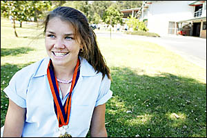 After doing plenty of hard work on the training track, Nambucca Heads sprinter Laura Duncan has more gold medals in her sights