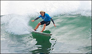 Coolangatta girl Trudy Todd clawed her way to the top, scattering the field and spoiling the women?s world title race with a bi