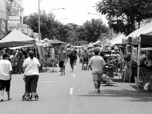 Cheers to M'boro's Heritage Markets celebrating 25 years