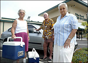 The volunteer brigade for Meals on Wheels may be in decline but Doreen and Gordon Long are ready to assist Meals on Wheels vice