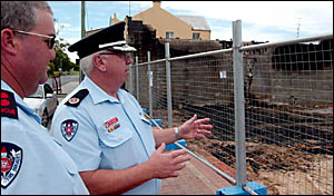 NSW Fire Brigade assistant commissioner Bob Dobson, right, and Maclean Fire Brigade Captain Col Barnard.