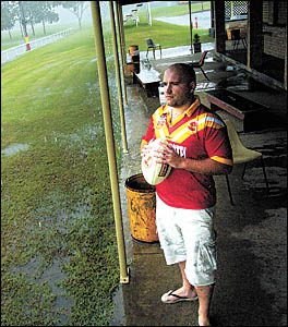 Comets? prop Lee Ashford ... Coffs Harbour?s recent spell of wet weather has the Englishman feeling good about his decision to