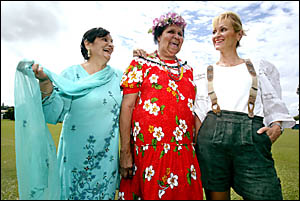 Cindy Singh (India), Bakoi Boulon   (Torres Strait) and Martina Baumer (Austria) were keen to promote world peace at Harmony Da