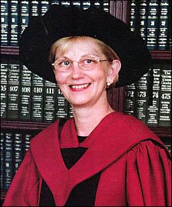 Dr Vicki Williamson.