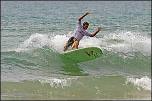 Cabarita longboarder Ray Gleave stamped his authority on the Sunrise at 1770 Longboard Surfing Classic held recently at Agnes W