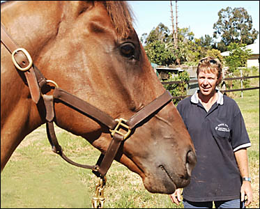 BETTER TIMES: Wayne Lawson with his champion galloper Starlactic in December 2005.