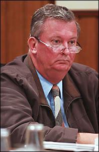 Cr Doug Mackenzie