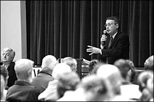 ?These laws are bad for the country in the long term? ... Wayne Swan was in fine form at a community forum on industrial relati