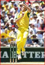 Australia s Glenn McGrath in action.Pic: TONY MCDONOUGH/AAP