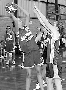 Coffs Harbour?s Jessica Gordon under the basket in the match against Tamworth Thunderbolts on Saturday. Photo: TREVORVEALE06072