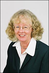 Cr Christine Robbins
