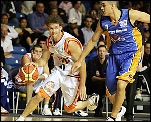 For Melbourne?s Nathan Crosswell, left, this weekend?s NBLBlitz is a bit of a homecoming.